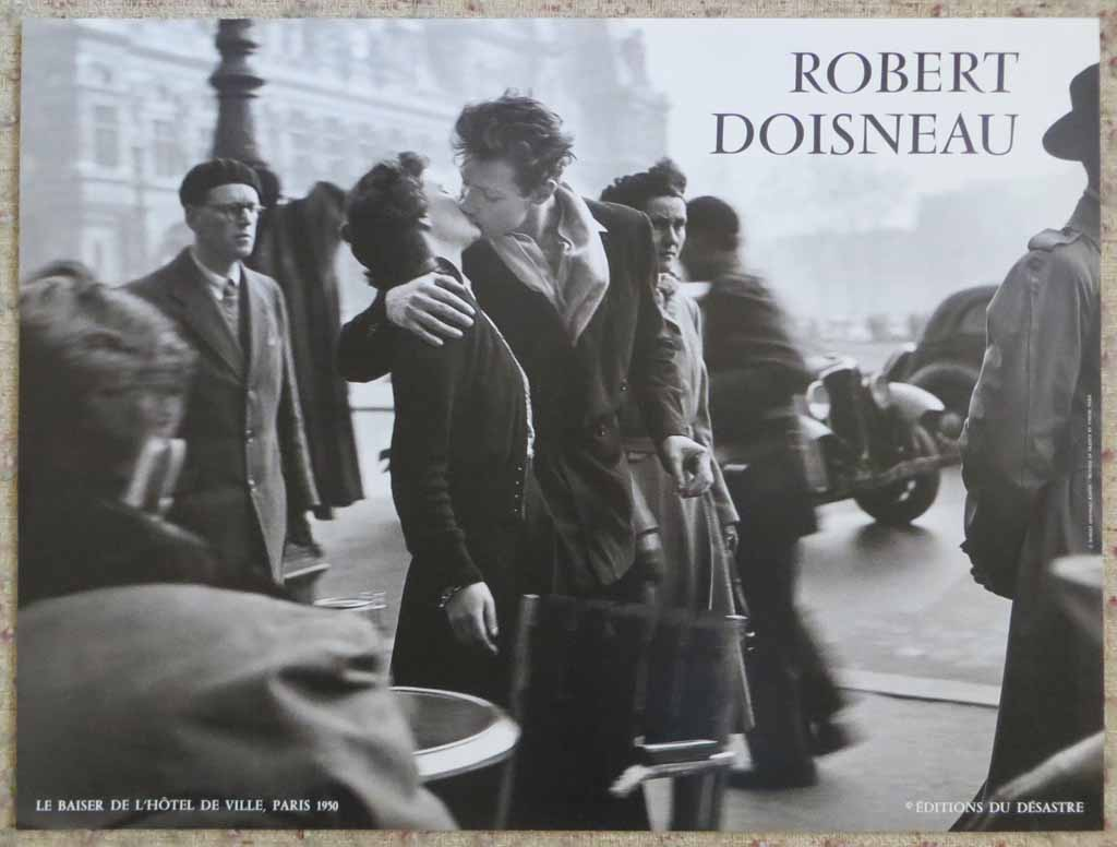 Le Baiser De L'Hotel De Ville Paris 1950 by Robert Doisneau, shown with full margins - offset lithograph reproduction vintage poster art print
